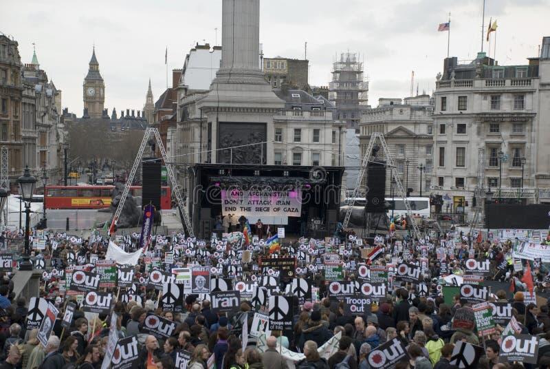 Batente de Londres o protesto da guerra fotos de stock royalty free