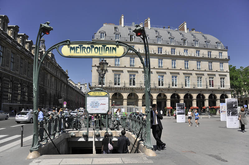 Batente metropolitano do metro em Paris, france foto de stock