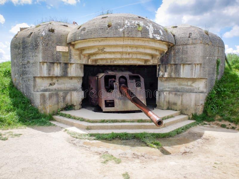 Bateria alemão da defesa no sur Mer de Longues, Normandy, França imagens de stock royalty free