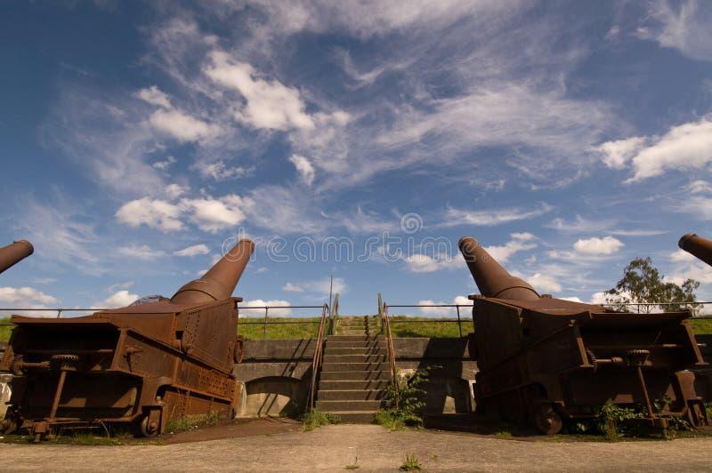 Bateria do canhão no fortification imagem de stock royalty free