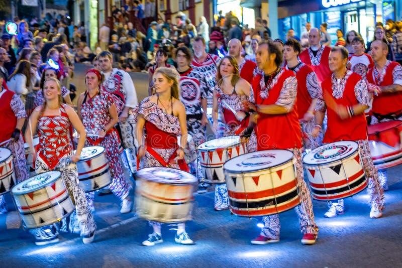 Bateristas do carnaval no carnaval de Frome imagens de stock