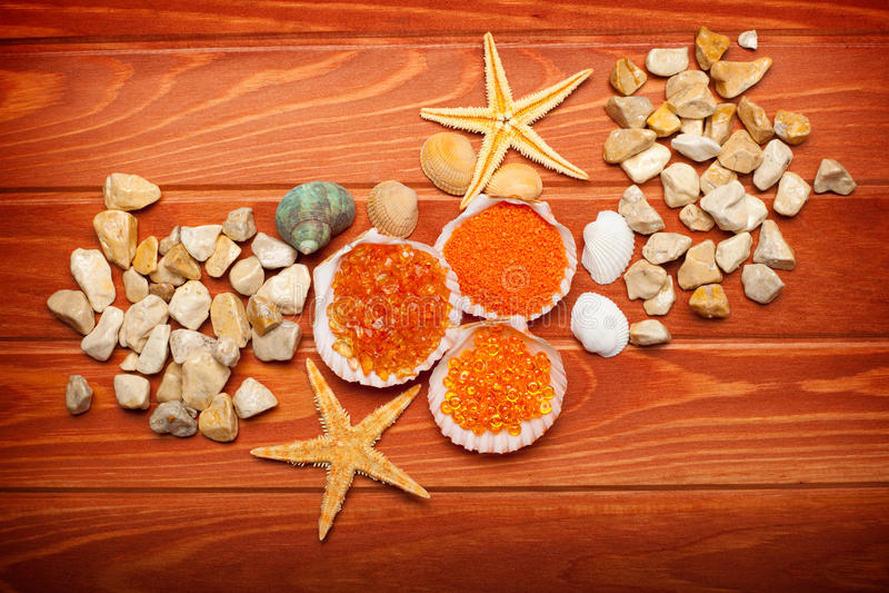 Bath Salt And Sea-shell Royalty Free Stock Photo