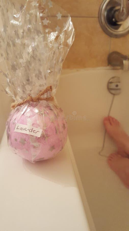 Bathbomb de la lavanda imagen de archivo libre de regalías