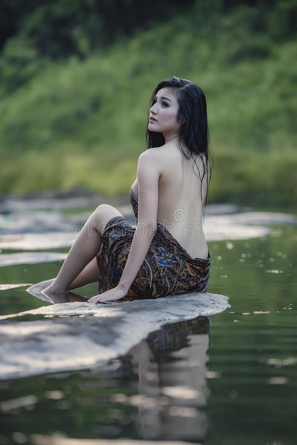 Free Bathing Woman Stock Photography - 92058152