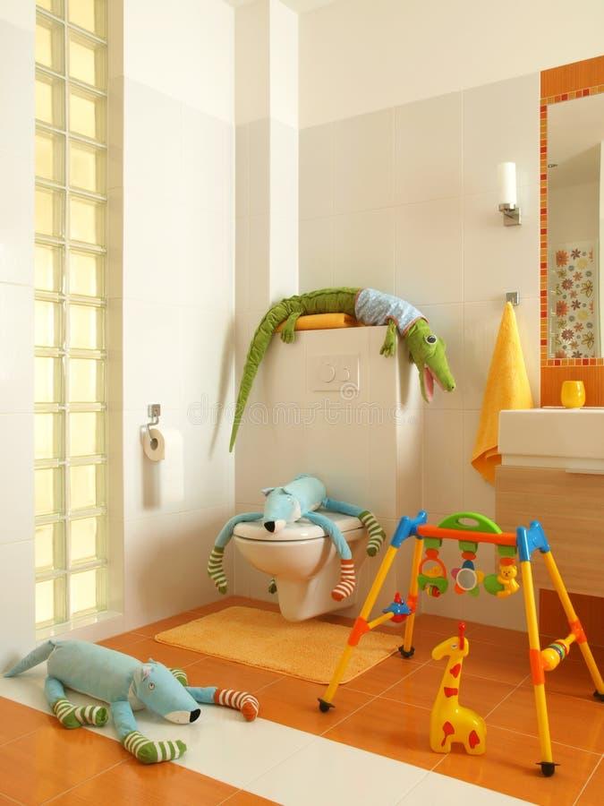 bathrom dziecka kolorowe zabawki obrazy royalty free