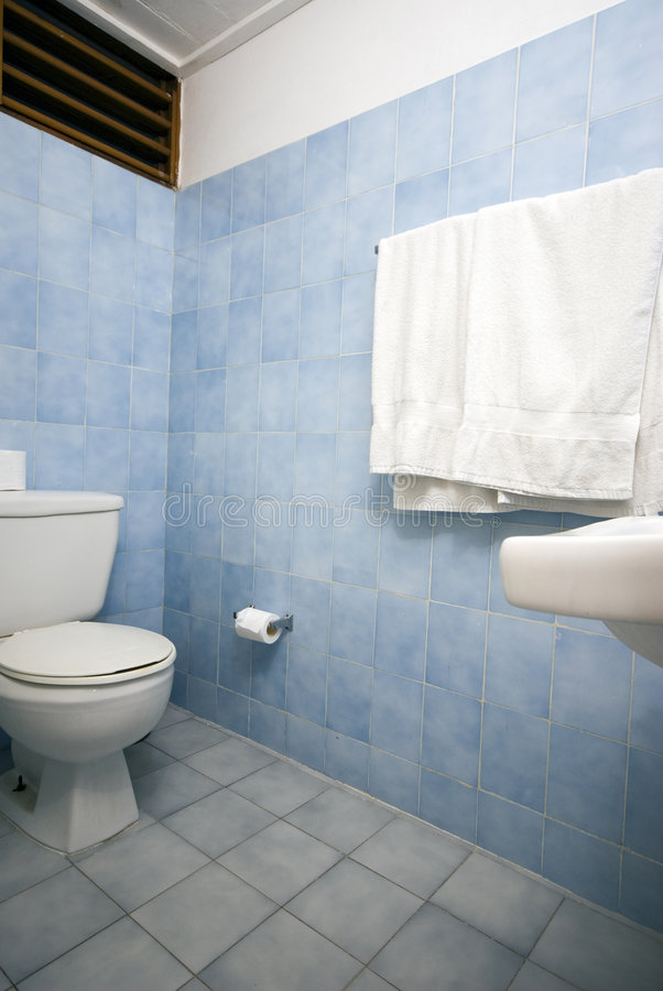 Download Bathroom With Blue Tile Royalty Free Stock Image - Image: 2038536