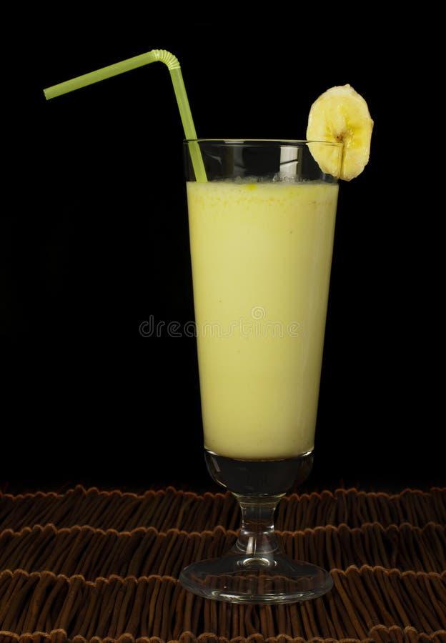 Batido de leche del plátano fotos de archivo