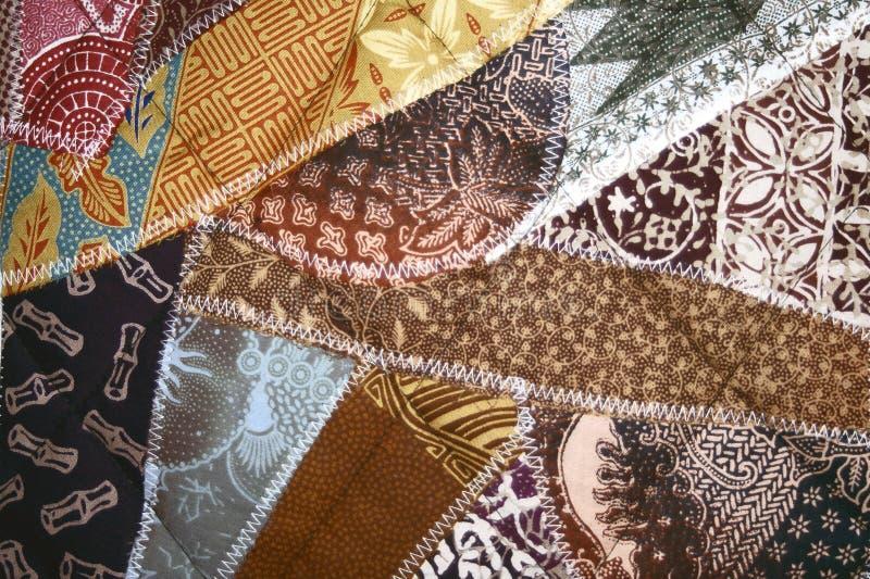 Batik-verrückte Steppdecke stockfoto