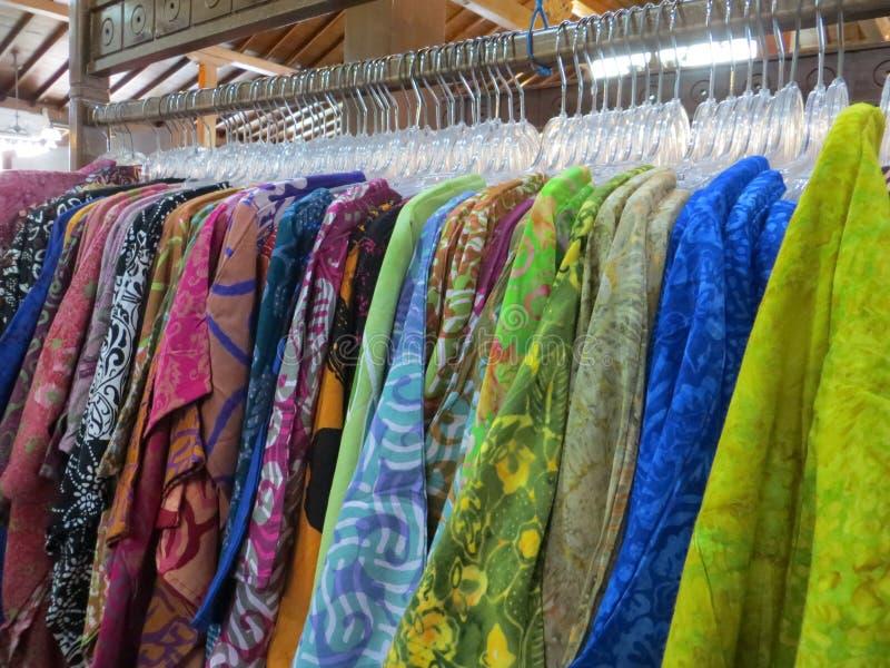 BatikBekleidungsgeschäft in Yogyakarta lizenzfreie stockfotografie