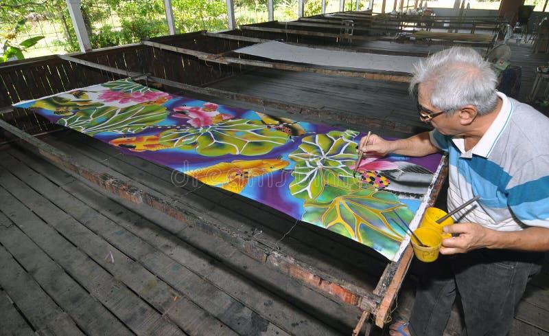 Batikkonstnär arkivbild