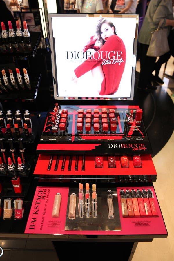 Batom da mostra pelo anúncio publicitário de Dior com Natalie Portman vogue fotografia de stock