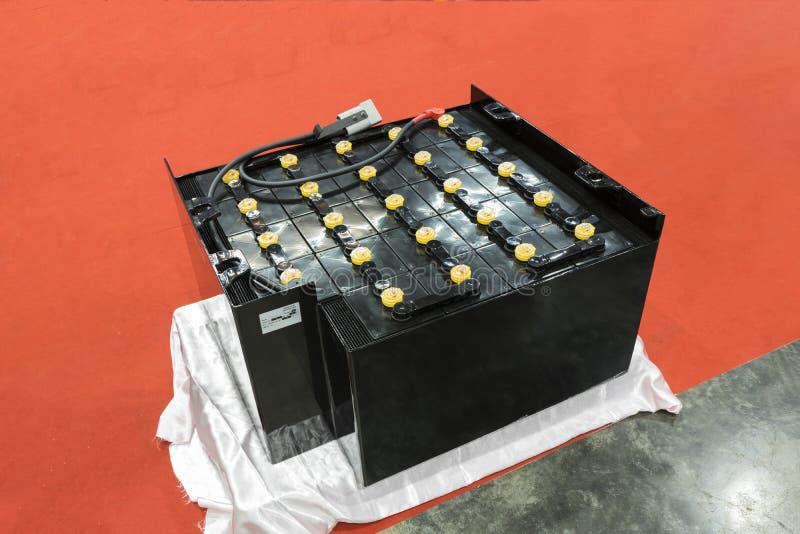 Batteria industriale per il carrello elevatore fotografie stock libere da diritti