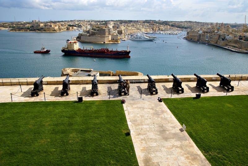 Batterie de salutation de Lascaris à La Valette, capitale de Malte images stock