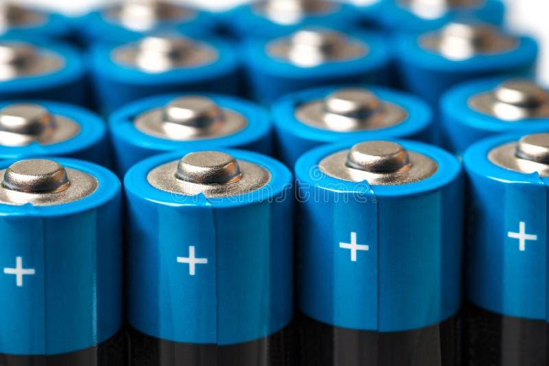 Batteries et accumulateurs simples modernes photographie stock libre de droits