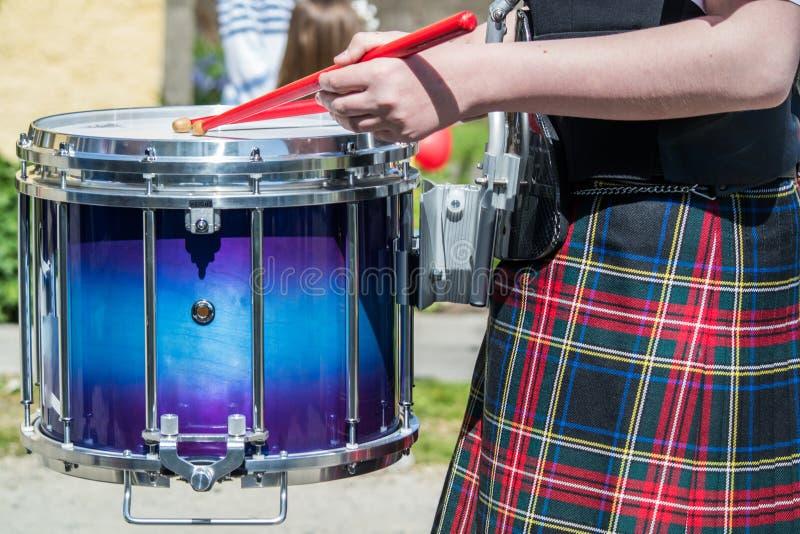 Batteur écossais dans l'action images stock