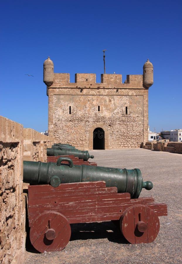 Battlement do forte de Marrocos Essaouira imagens de stock royalty free