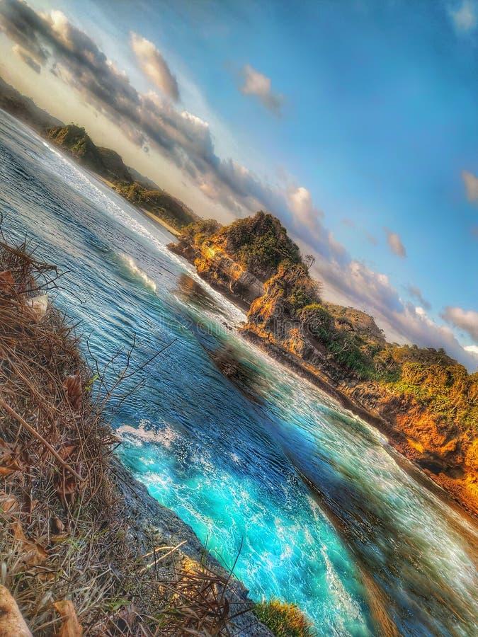 Batu bengkung malang indonesia arkivbilder