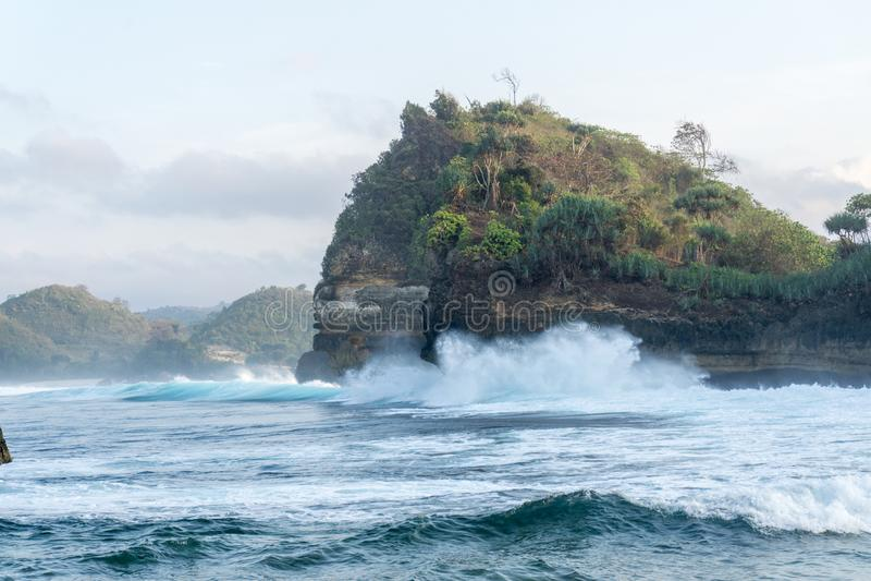 Batu Bengkung plaża Malang Indonezja fotografia royalty free
