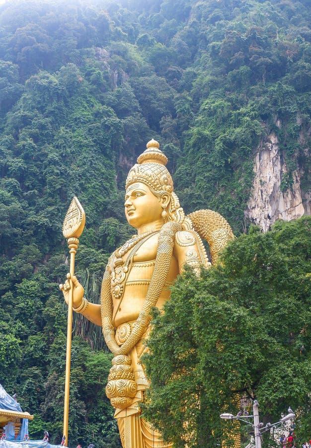 Batu cava com a estátua de Murugan em Malásia imagens de stock royalty free