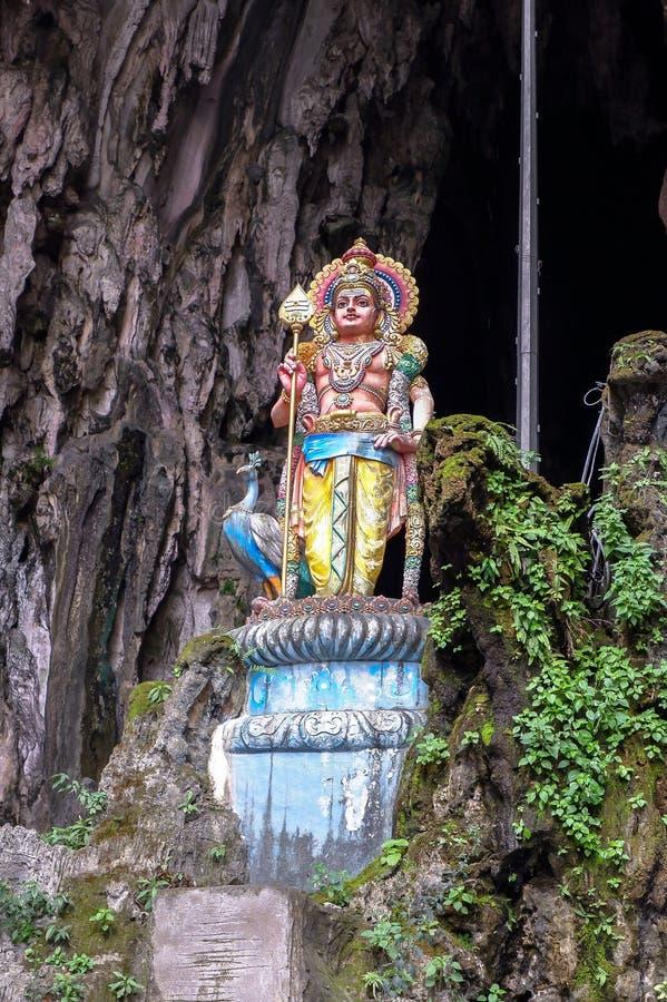 Batu cava com a estátua religiosa em Malásia imagens de stock