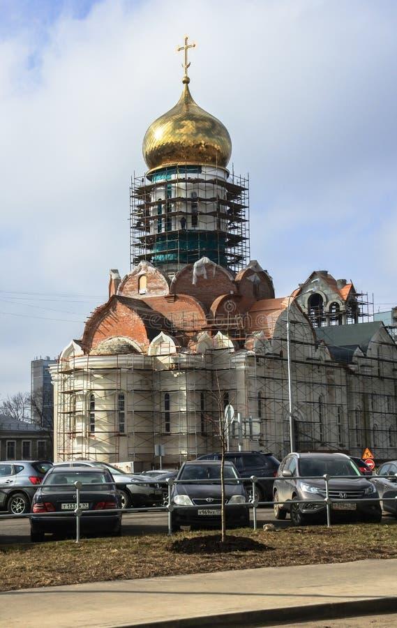 Bau der Kathedrale von St. Andrei Rublev in Moskau-Stadtbezirk Ramenki stockfoto