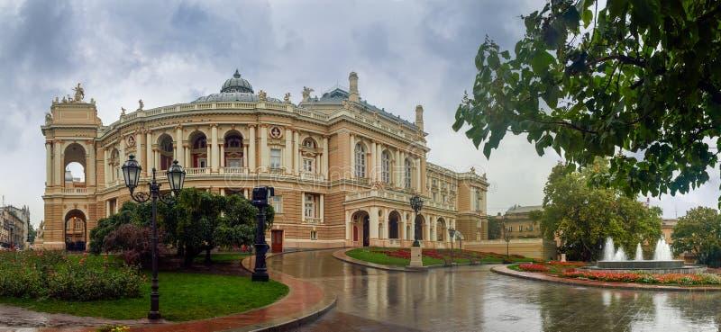 Bau der Odesa-Oper und Balletttheater, Ukraine lizenzfreies stockbild