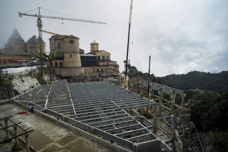 Bau des französischen Dorfs des Schlosses lizenzfreies stockbild