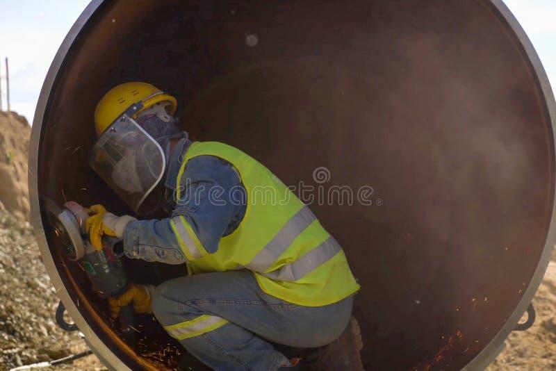 Bauarbeit auf der Installation der Rohrleitung Erdgasleitungsinstallation und -bau lizenzfreies stockfoto