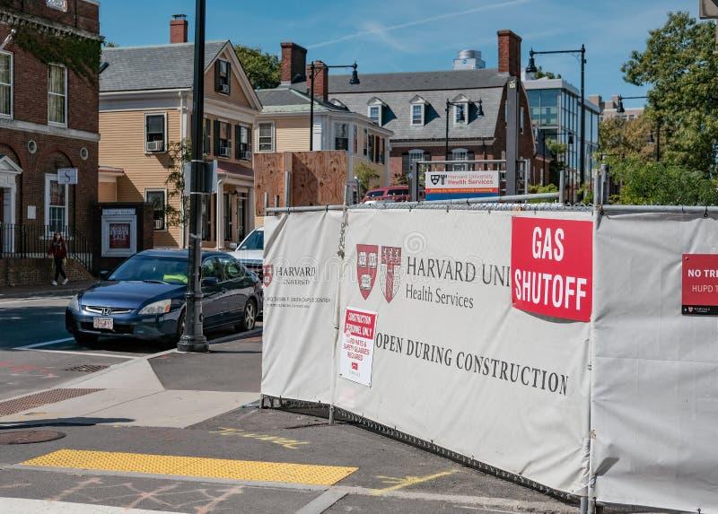 Bauarbeiten, die an Harvard-Universitätsgelände, USA weitergehen stockfotos