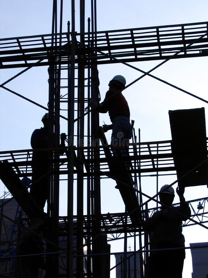 Bauarbeiter in der umreiß lizenzfreie stockfotografie