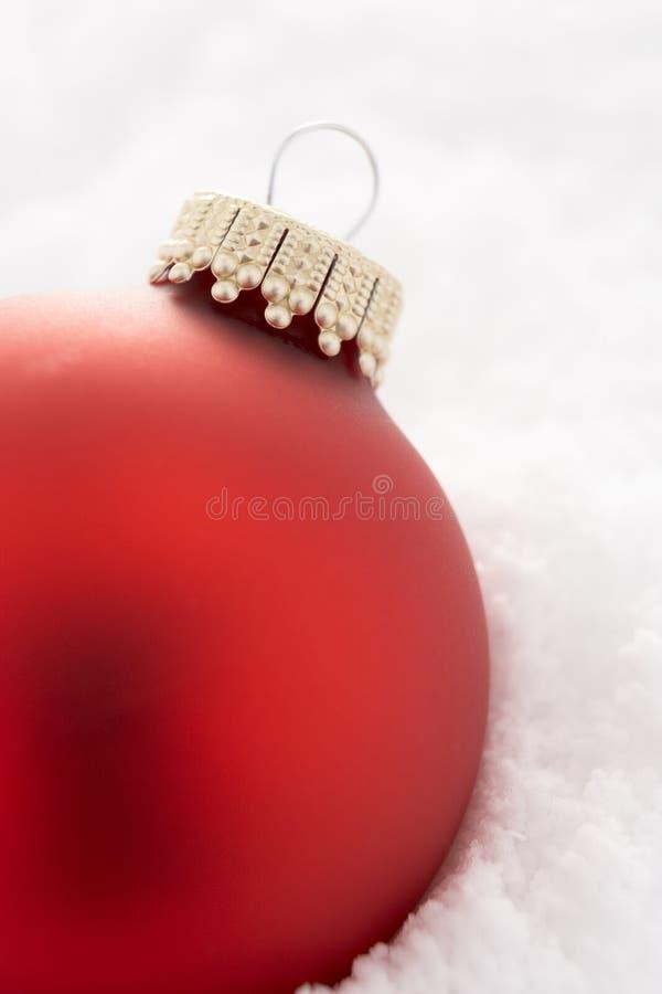 bauble bożych narodzeń śnieżny drzewo fotografia royalty free