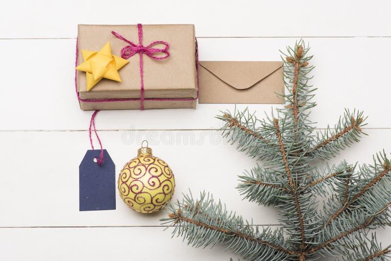Baubles e decorações do Natal fotografia de stock royalty free
