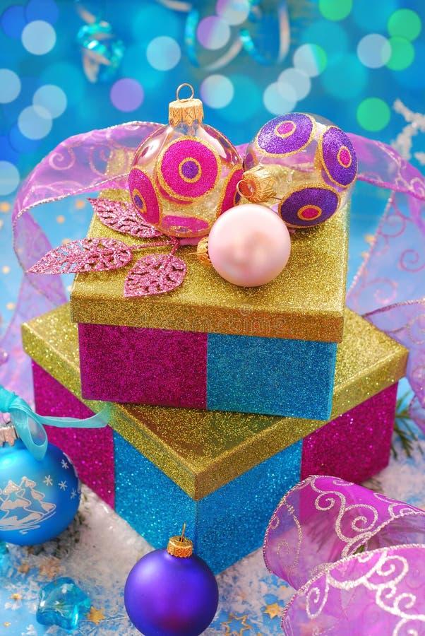 baubles pudełek bożych narodzeń kolorowy prezent zdjęcia stock
