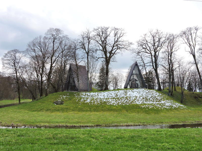 Baubliai na cidade de Bijotai, Lituânia fotos de stock royalty free
