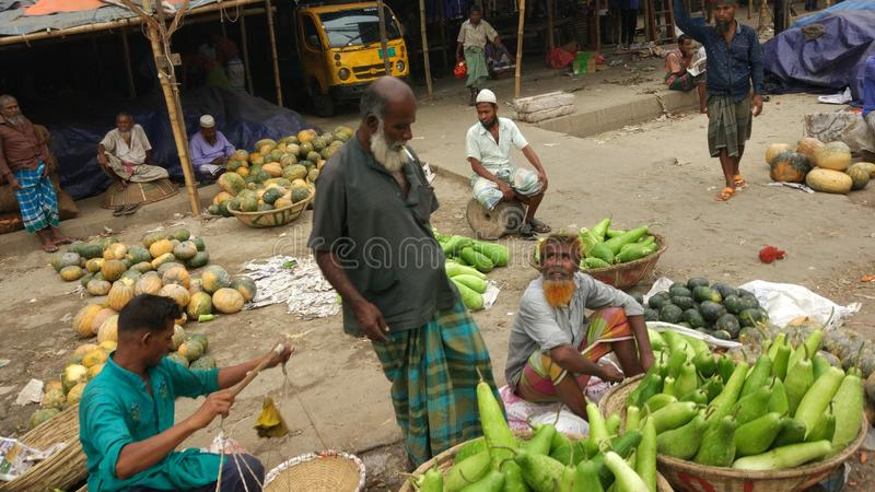 Bauernhof zum Bazar lizenzfreie stockfotografie