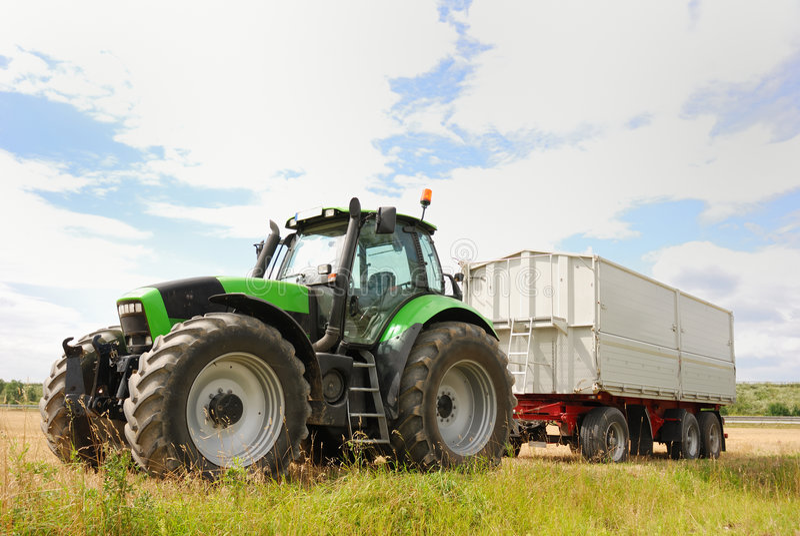 Bauernhoftraktor stockfotografie