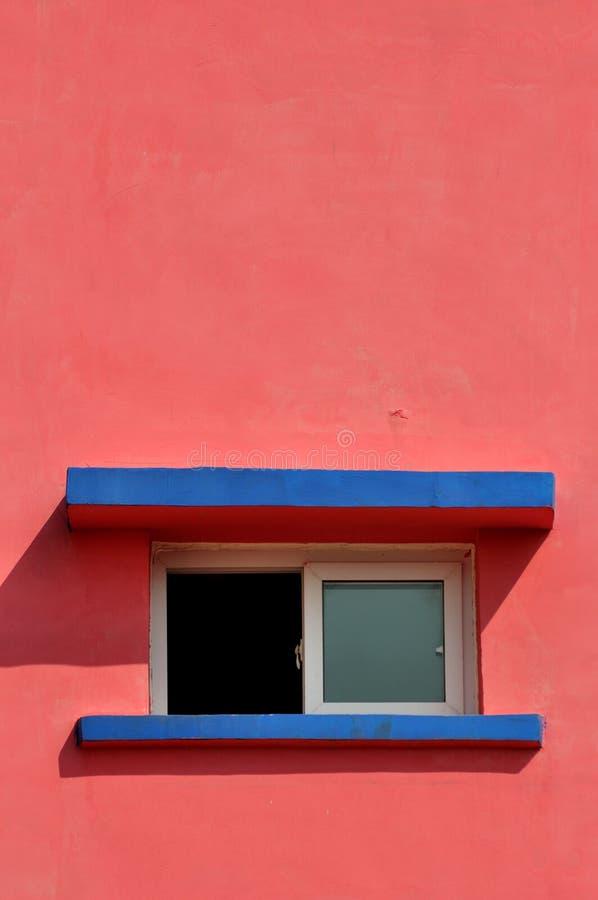 Bauform und -farbe