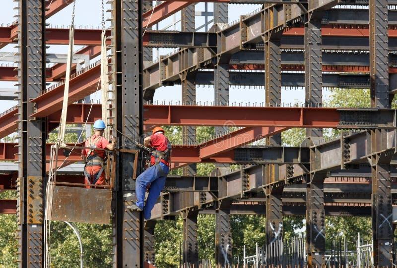 Baugerüst-Bauarbeiter lizenzfreie stockbilder