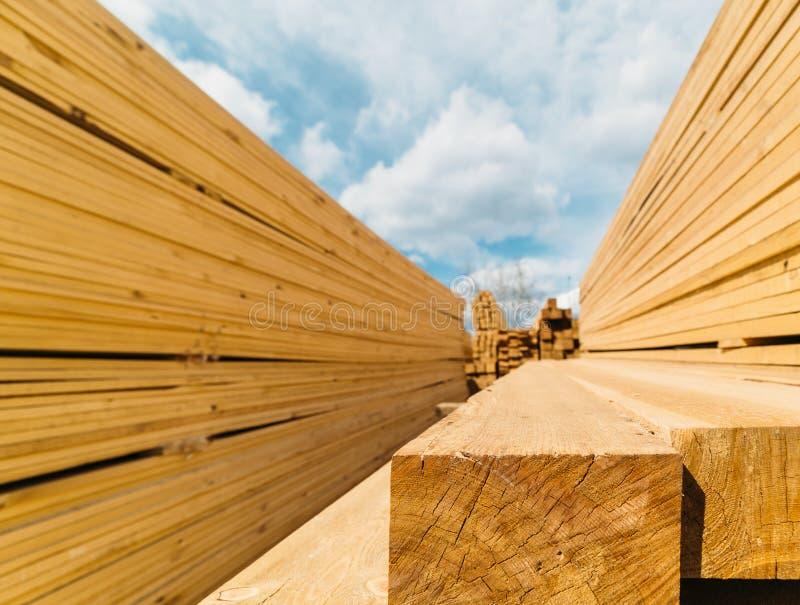 Bauholzmarkt lizenzfreies stockfoto
