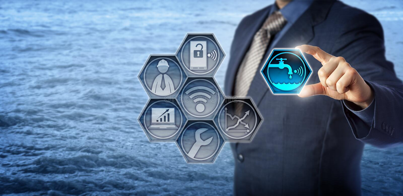 Bauingenieur-Activates Smart Water-Management lizenzfreies stockfoto