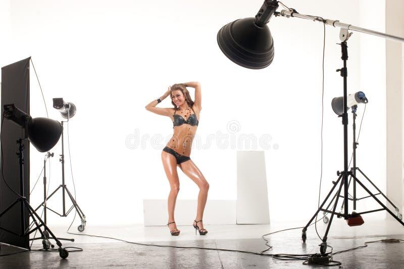 Baumuster im modernen Fotostudio stockfotografie