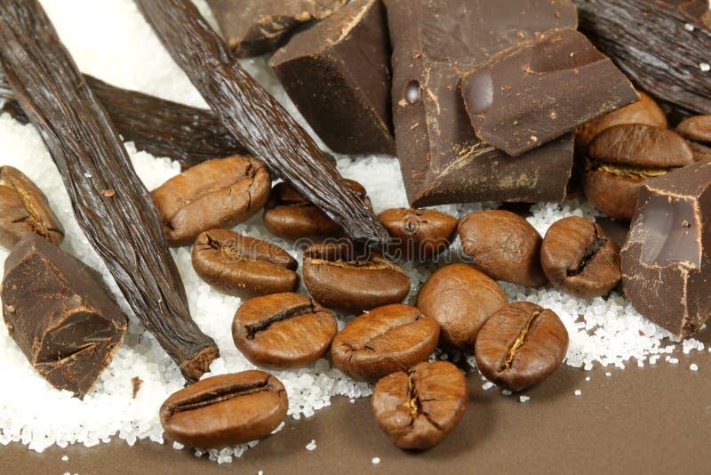 Baunilha, chocolate e café imagem de stock