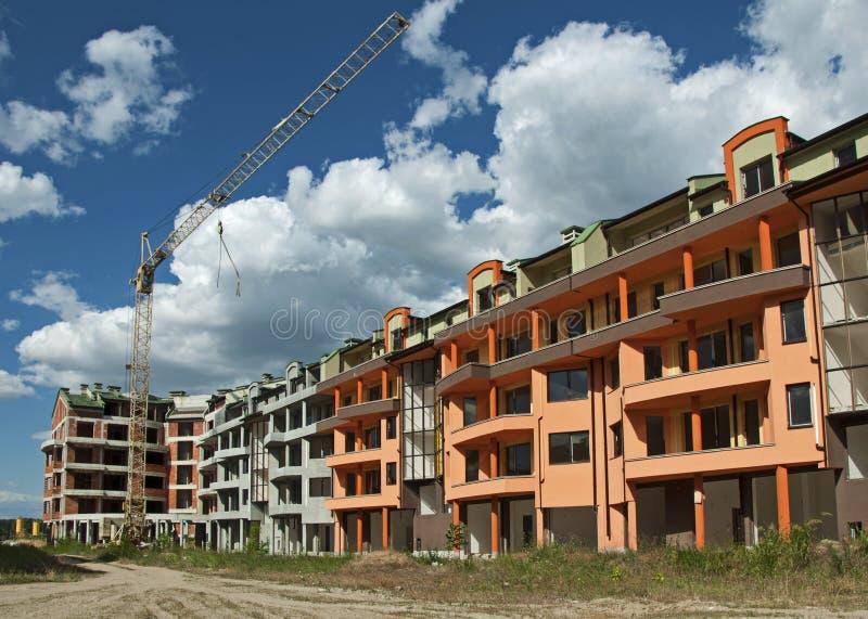 Bausektor und cran. lizenzfreie stockfotografie