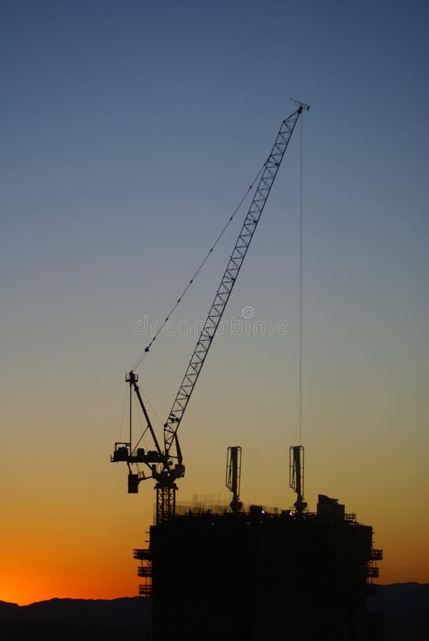 Baustelle bei Sonnenaufgang stockfoto