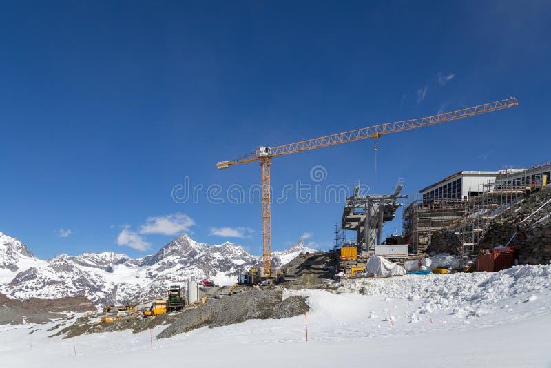 Baustelle in den Schweizer Alpen stockbilder