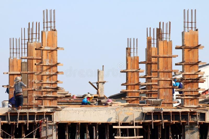 Baustelle und Bauarbeiter Bereich, Leute arbeiten an Bau, Gruppe von Personen sind Berufsbau stockfoto