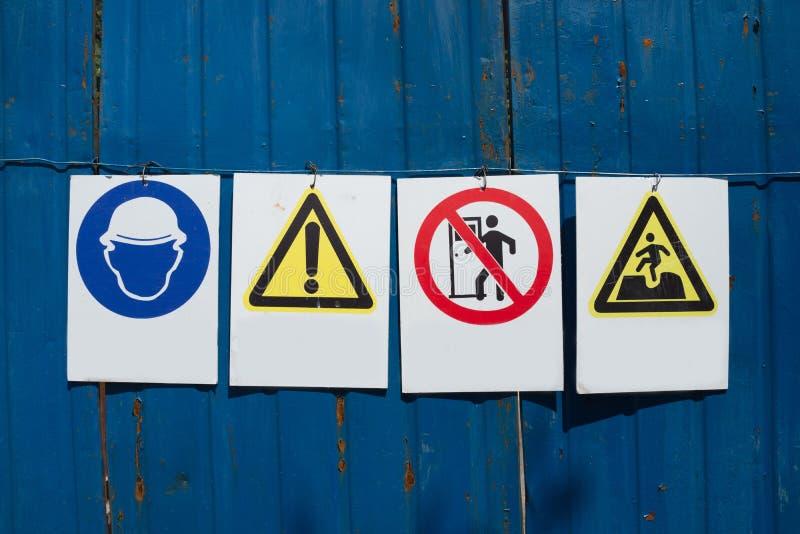 Baustelle-Zeichen lizenzfreie stockfotos