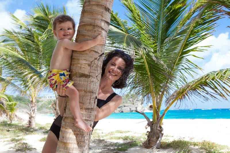 Bautiful i tropikalna plaża faula zatoka obraz royalty free