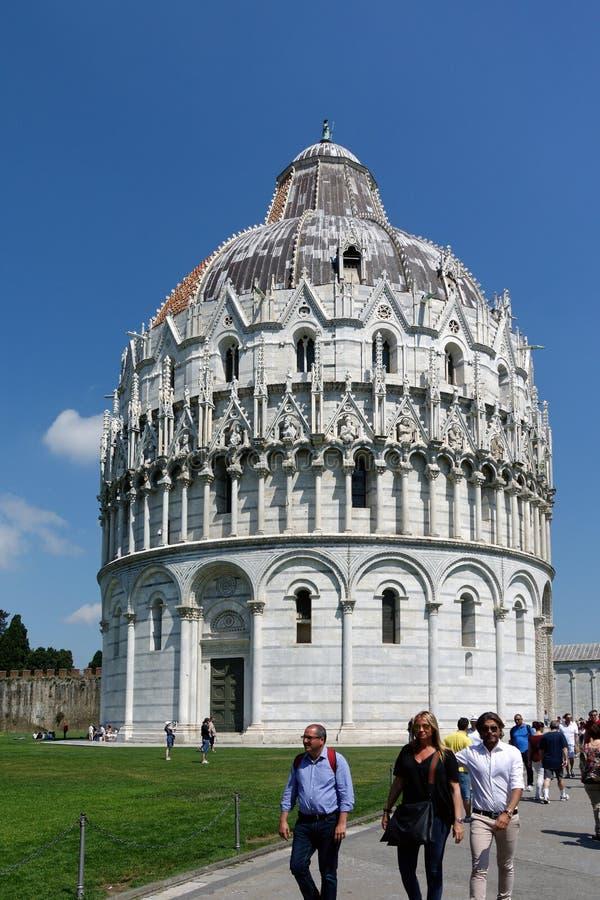 Bautisterio de Pisa, Italia foto de archivo