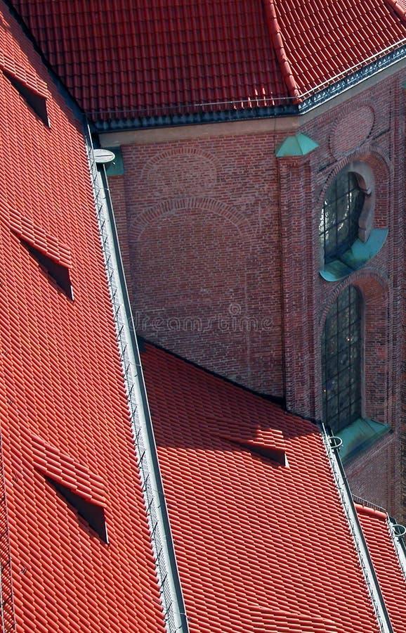 Download Bavarian dach zdjęcie stock. Obraz złożonej z kościół, czerwień - 40538